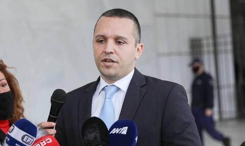 Δίκη Χρυσής Αυγής - Απόφαση: Παραδίδονται στην Αστυνομία τα πρώην μέλη της Χρυσής Αυγής