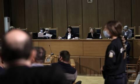 Χρυσή Αυγή: Δέκα συλλήψεις στο δικαστήριο - Η διαδικασία μέχρι τη φυλακή