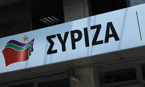 ΣΥΡΙΖΑ κατά Μητσοτάκη: Προσπαθεί να αντιμετωπίσει την πανδημία με ευχολόγια