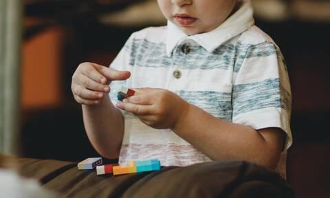 Πρώιμη παρέμβαση & αυτισμός: Όλα όσα πρέπει να γνωρίζετε