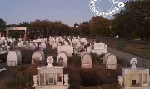 Κορονοϊός - Θεσσαλονίκη: Σκάβουν νέους τάφους για τα θύματα της πανδημίας (pics)