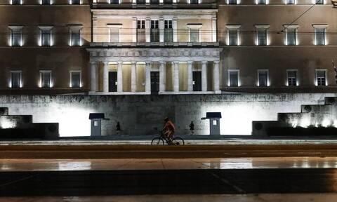Κορονοϊός - Ρεπορτάζ Newsbomb.gr: Στο «κόκκινο» η αγωνία των πολιτών για την αύξηση των κρουσμάτων