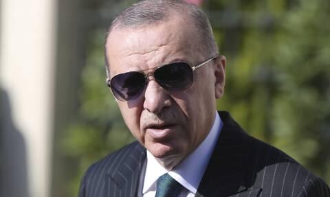 Ανάλυση Newsbomb.gr: Γιατί δεν χρεοκοπεί η Τουρκία - Ο ρόλος του «μαφιόζου» Ερντογάν