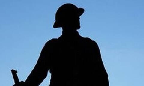 Αποκεφάλισαν άγαλμα στη μνήμη πεσόντων στον Παγκόσμιο Πόλεμο