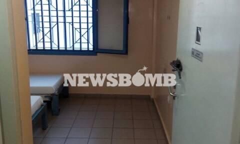Νίκος Μιχαλολιάκος: Αυτό είναι το κελί του στις φυλακές Δομοκού