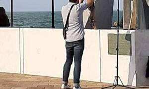 Κρήτη: Σάλος με γυμνή φωτογράφιση στο μνημείο του Ναυαγίου (pics)