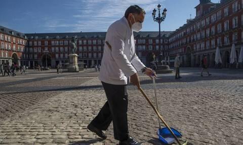 Κορονοϊός Ισπανία: Eξετάσει το ενδεχόμενο να κηρύξει σε κατάσταση έκτακτης ανάγκης ολόκληρη τη χώρα