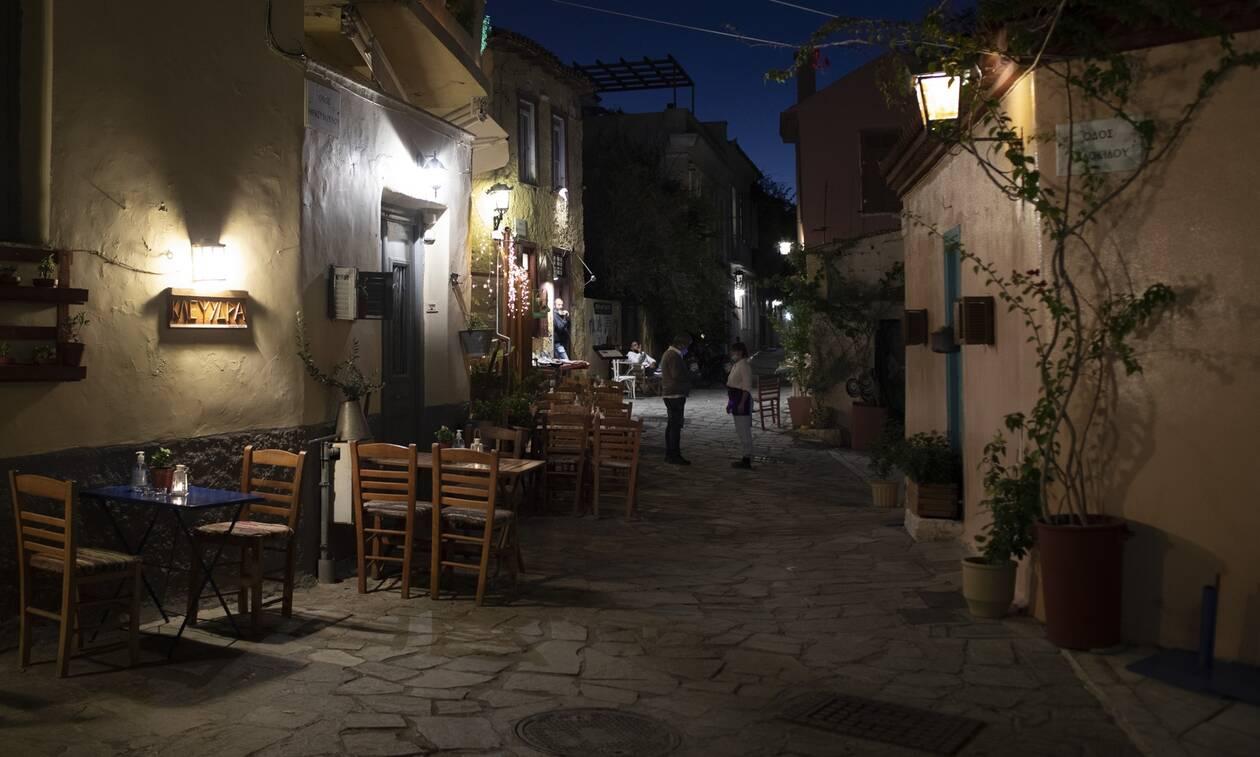 Κυκλοφορία τέλος για 5,5 εκατ. Έλληνες: Αδειασαν δρόμοι και πλατείες - Ποιοι εξαιρούνται
