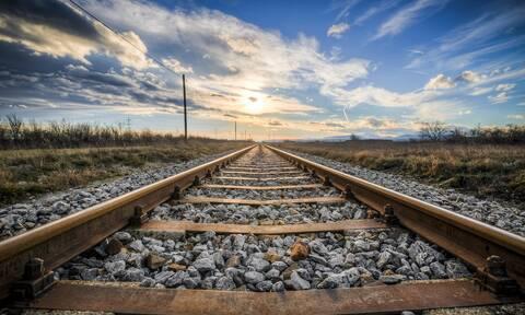 Νεαρός ξέχασε στο τρένο κοκαΐνη αξίας 40.000 ευρώ – Δεν θα πιστεύετε τι έκανε
