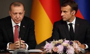Εμανουέλ Μακρόν: Ο ηγέτης που ανοίγει πόλεμο με την ισλαμοτρομοκρατία του Ερντογάν