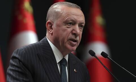Συνεχίζει τις απίστευτες προσβολές ο Ερντογάν: «Ο Μακρόν έχει χάσει τον δρόμο του»