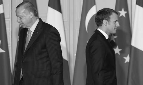 Ερντογάν-Μακρόν: Μία σχέση «μίσους» με φόντο το Ισλάμ και την κυριαρχία στην Μεσόγειο