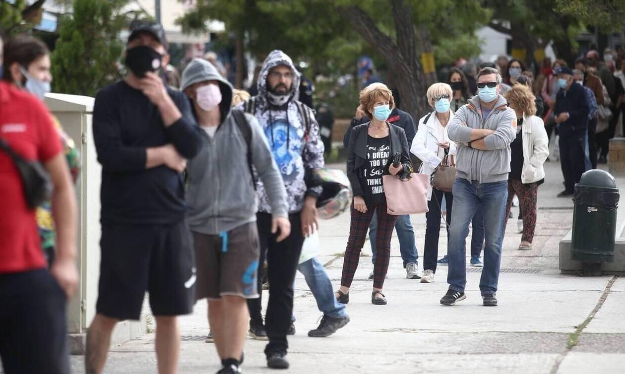Κορονοϊός - Κρούσματα: Στη δίνη ξανά Αττική και Θεσσαλονίκη - «Καμπανάκι» για άλλες 3 περιοχές