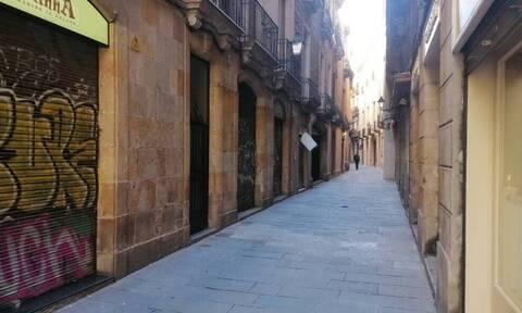 Κορονοϊός Ισπανία: Κηρύσσεται σε κατάσταση έκτακτης ανάγκης και επιβάλλει απαγόρευση κυκλοφορίας