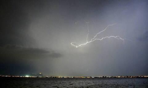 Καιρός 28η Οκτωβρίου: Άσχημα νέα! Καταιγίδες, χαλάζι και αέρας – Που θα χτυπήσει η κακοκαιρία