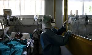 Κορονοϊός: Αρχίζουν τα δύσκολα! Γεμίζουν επικίνδυνα οι ΜΕΘ - Πίεση στο σύστημα υγείας
