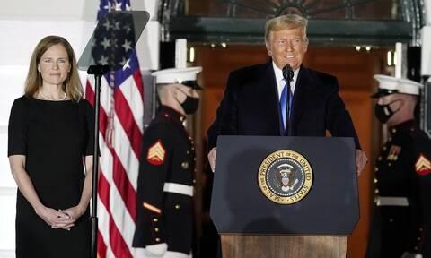 Σημαντική νίκη για Τραμπ: Εγκρίθηκε ο διορισμός της Έιμι Κόνι Μπάρετ στο Ανώτατο Δικαστήριο