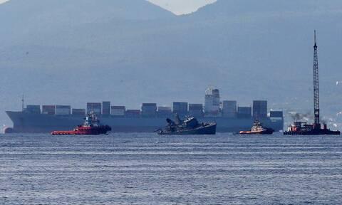 Σύγκρουση πλοίων στον Πειραιά: Στον Ναύσταθμο Σαλαμίνας ρυμουλκήθηκε το «Καλλιστώ»