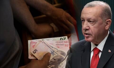 Κατήφορος για την τουρκική λίρα: Οι τσαμπουκάδες του Ερντογάν βάζουν «φωτιά» στην οικονομία