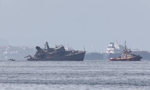 Σύγκρουση πλοίων στον Πειραιά: Κομμένο στα δυο το «Καλλιστώ» - Τρομάζουν οι εικόνες από drone