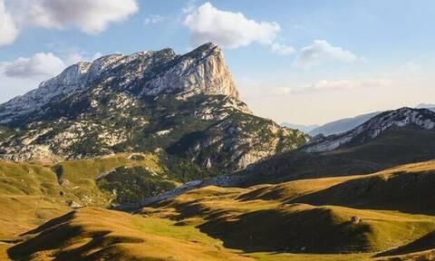 Μήπως είδες στο όνειρό σου βουνό;