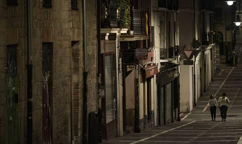 Ισπανία - κορονοϊός: «Κλείνουν» εστιατόρια και μπαρ για τουλάχιστον 30 μέρες