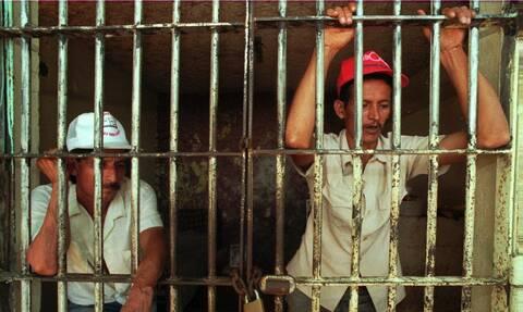 Κρατούμενοι σε «επίγειους τάφους»: Οι πιο σκληρές φυλακές του πλανήτη