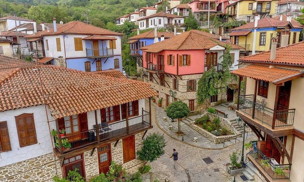 Παραδοσιακός Οικισμός Αρναίας: Γιατί σαν την... ορεινή Χαλκιδική δεν έχει (pics)