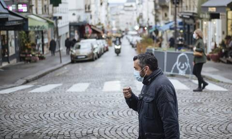 Κορονοϊός - Γαλλία: Ο υψηλότερος αριθμός θανάτων από τον Απρίλιο με 523 το τελευταίο 24ωρο