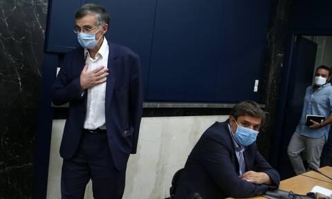 Αντίδραση ΣΥΡΙΖΑ στην αναφορά Τσιόδρα για τα ΜΜΜ: Καλύπτει την αδράνεια της ΝΔ