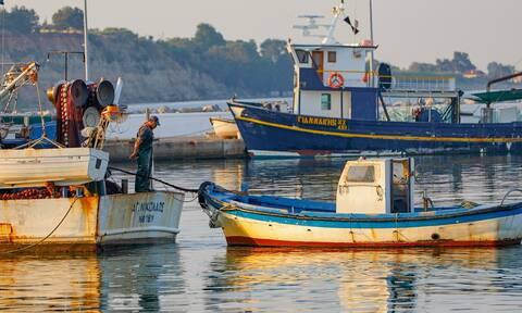 Έρχονται επιδοτήσεις τουλάχιστον 3.000.000 ευρώ για τους αλιείς (πίνακας)