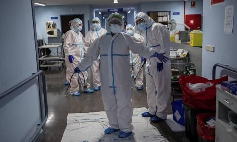 Κορονοϊός: Σαρώνει την Ισπανία το δεύτερο κύμα -  267 θάνατοι και 18.418 κρούσματα σε 24 ώρες