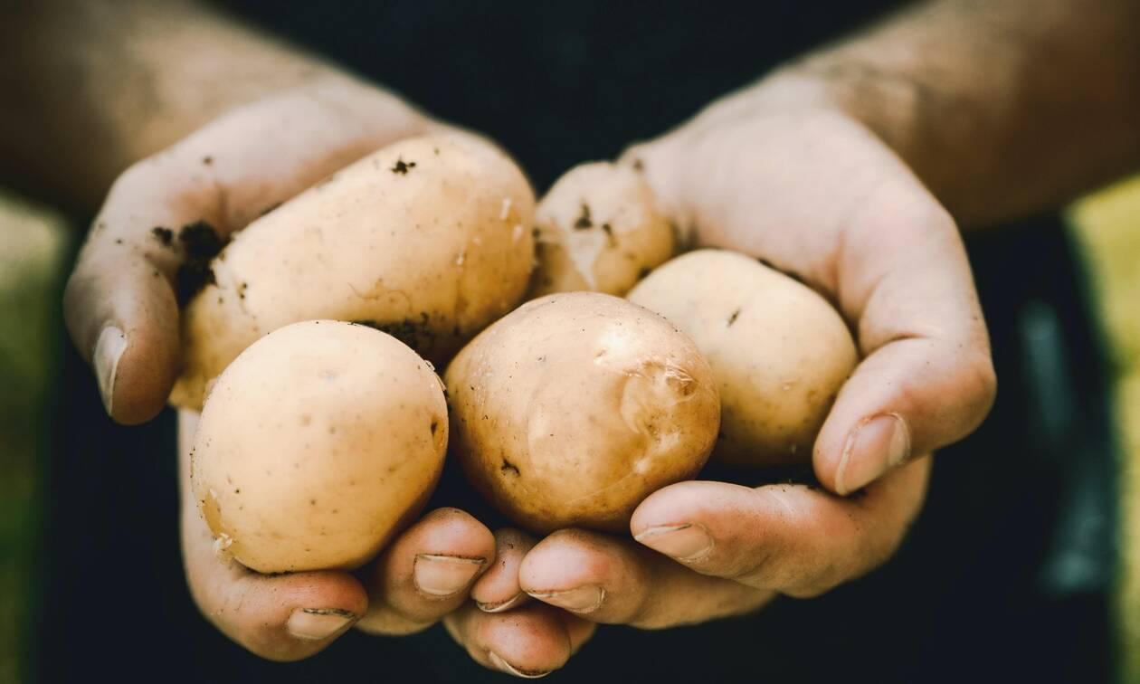 Τι μπορείτε να καθαρίσετε χρησιμοποιώντας απλά μια πατάτα