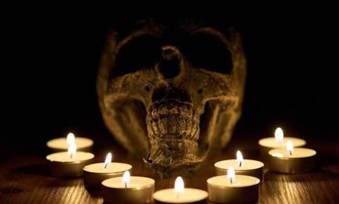 Φρίκη: Ξερίζωσε την καρδιά του θύματός σε σατανιστική τελετή