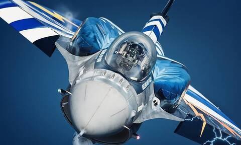 28η Οκτωβρίου: Αυτός είναι ο πιλότος του «ΖΕΥΣ» που σκόρπισε ρίγη συγκίνησης στους Έλληνες
