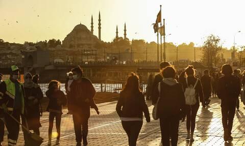 Τουρκία - Κορονοϊός: Έσπασε το φράγμα των 10.000 νεκρών