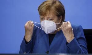 Κορονοϊός: Σε μερικό lockdown η Γερμανία -Σήμερα είναι μια «πάρα πολύ δύσκολη μέρα», δήλωσε η Μέρκελ