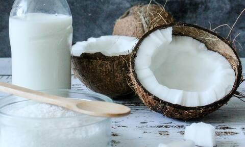 Τα οφέλη της καρύδας + μια συνταγή για μπισκότα καρύδας χωρίς αβγά