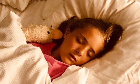Νυχτερινή εφίδρωση: Γιατί ιδρώνουν τα παιδιά;