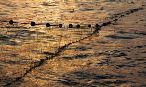 Προκλήσεις στο Αιγαίο: «Τσαμπουκάδες» Τούρκων ψαράδων σε Έλληνες