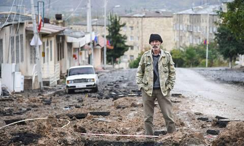 Азербайджан передал Армении несколько десятков тел погибших военных