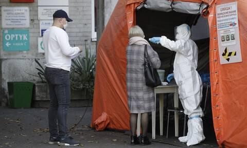 Κορονοϊός: Επέλαση της πανδημίας στην Ευρώπη - Σε ποιες χώρες σπάνε τα αρνητικά ρεκόρ