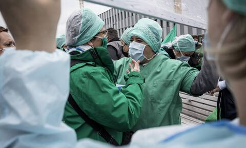 Κορονοϊός: Νέα έρευνα αποκαλύπτει - Μηδαμινές οι ελπίδες για «ανοσία της αγέλης»