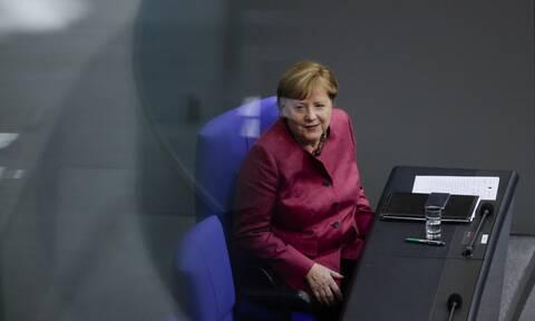 Κορονοϊός - Μέρκελ: Κάλεσμα προς τους ηγέτες της ΕΕ να προχωρήσουν σε lockdown