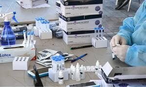 Δημοσκόπηση - Κορονοϊός: Πώς κρίνουν οι πολίτες τα νέα μέτρα και τους χειρισμούς Μητσοτάκη