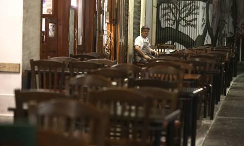 Lockdown: «Βόμβα» - Εισήγηση για κλείσιμο της εστίασης και απαγόρευση μετακινήσεων από νομό σε νομό