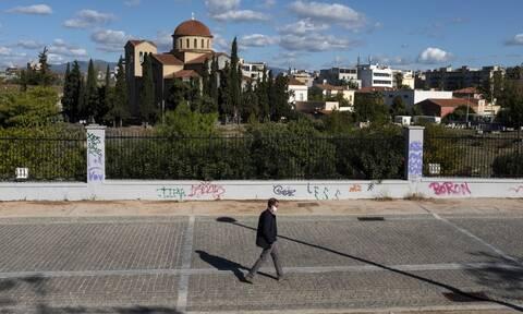 Κορονοϊός: Σε δύο ζώνες η Ελλάδα - Καταργούνται τα τέσσερα χρωματικά επίπεδα