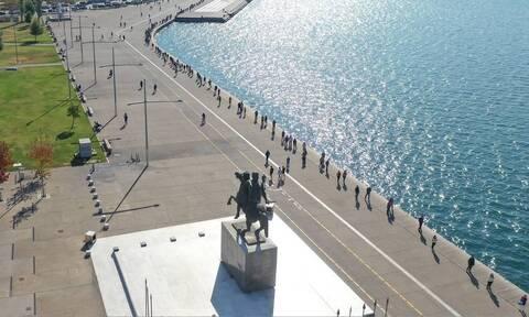 Κορονοϊός - κρούσματα σήμερα: «Φλέγεται» η Θεσσαλονίκη με 839, στο «κόκκινο» και η Αττική