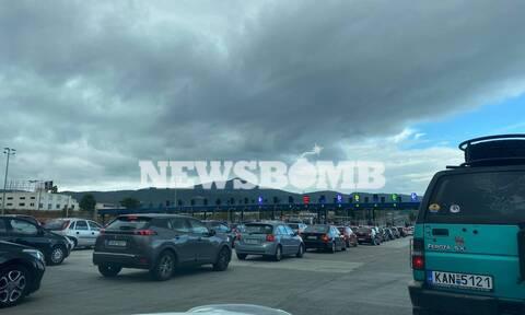 Κορονοϊός: Πανικός για την τελευταία «ελεύθερη» Κυριακή – Τεράστια κίνηση στην Εθνική Οδό