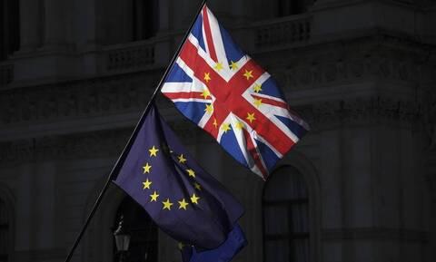 Brexit: Συνεχίζονται στις Βρυξέλλες οι εμπορικές συνομιλίες